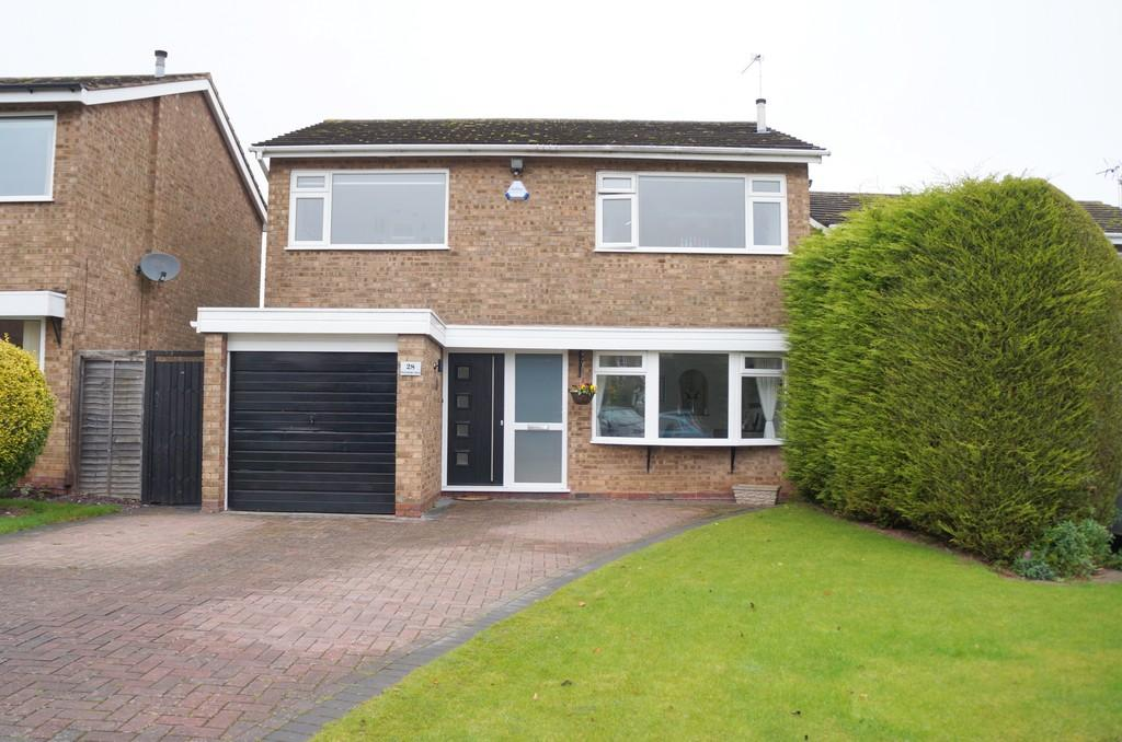 4 Bedrooms Detached House for sale in Pettyfields Close, Knowle