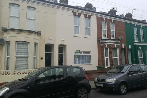 3 bedroom semi-detached house to rent - St. Augustine Road, Southsea, PO4 9AA