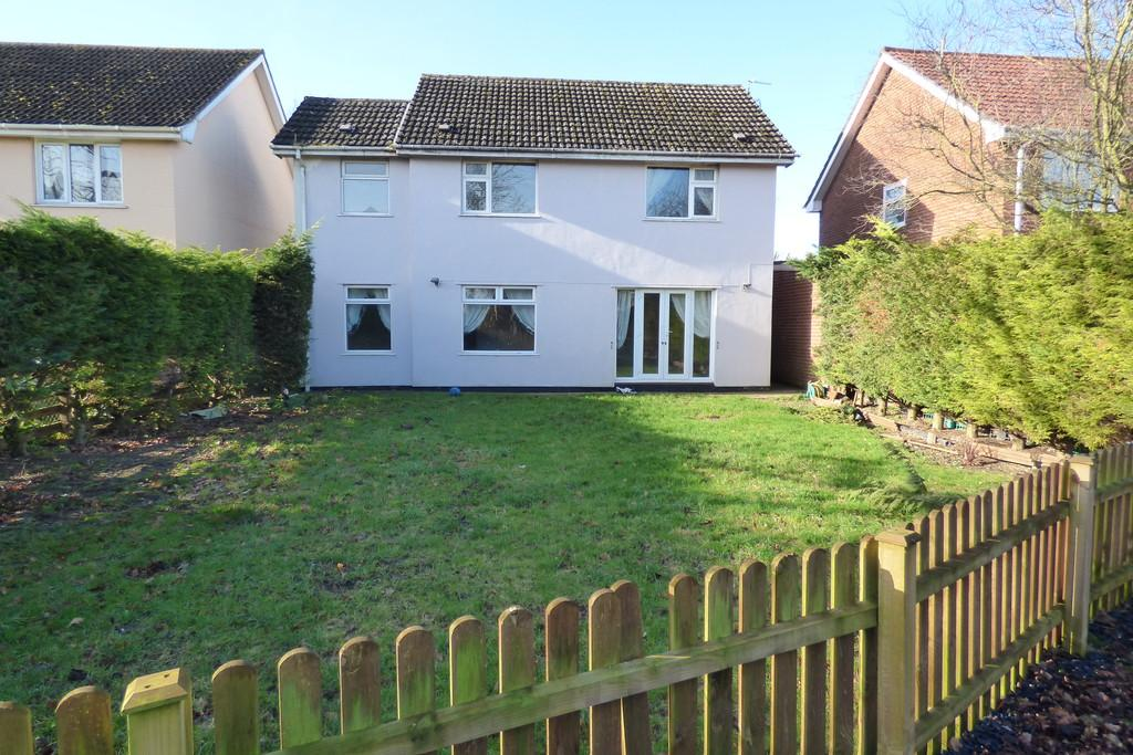 4 Bedrooms Detached House for sale in Station Road, Great Moulton