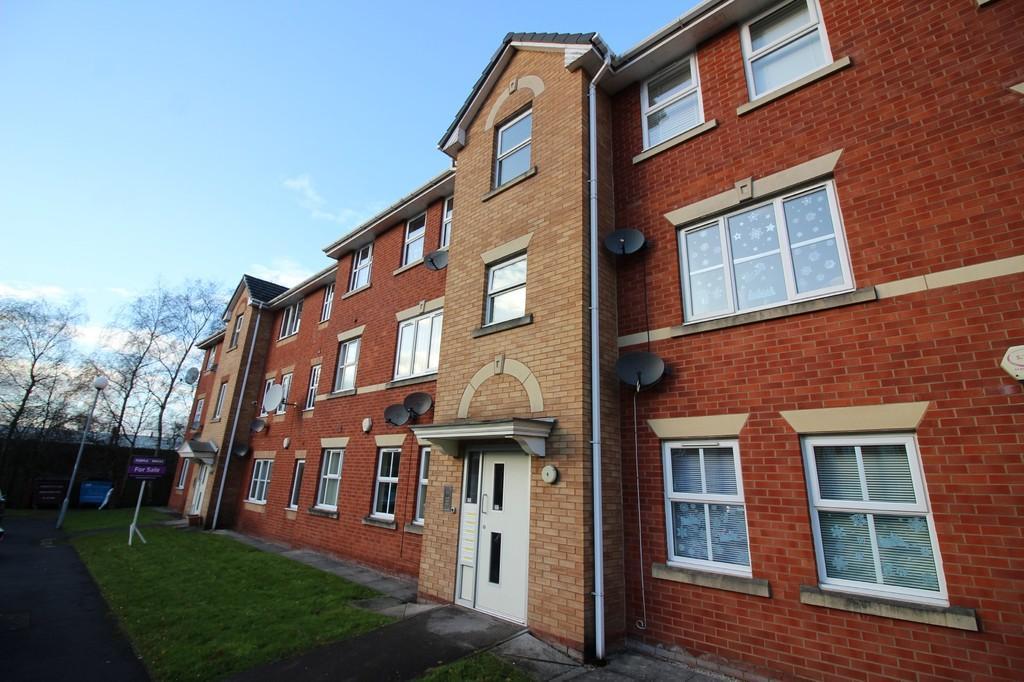2 Bedrooms Flat for rent in 6 Bankfield Street, Harpurhey