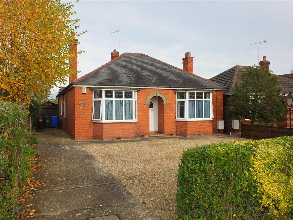 2 Bedrooms Detached Bungalow for sale in Blackthorn Lane, Boston