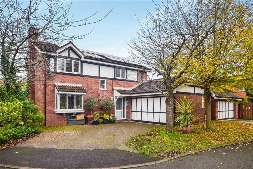 4 Bedrooms Detached House for sale in Hendham Drive, Altrincham, Cheshire, WA14
