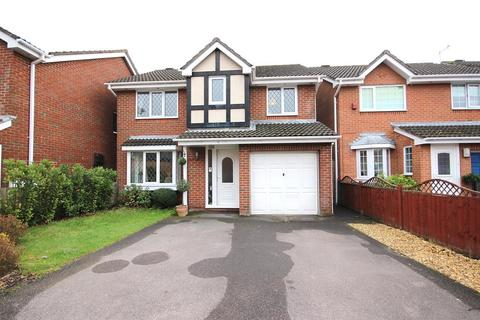 4 bedroom detached house for sale - Waytown Close, Canford Heath, Poole