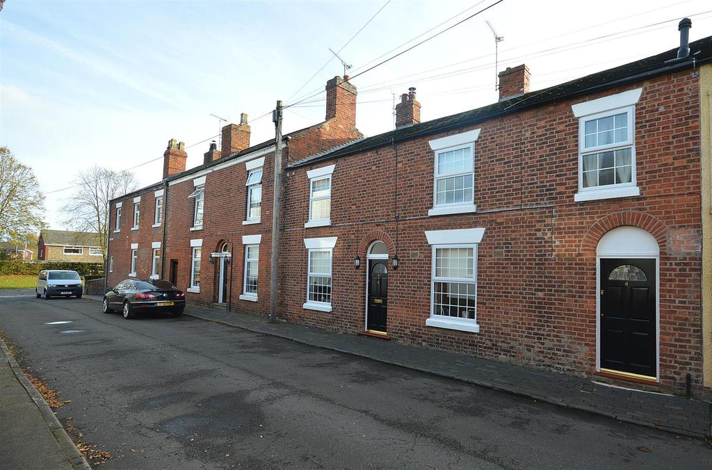 2 Bedrooms Terraced House for sale in Furnival Street, Sandbach