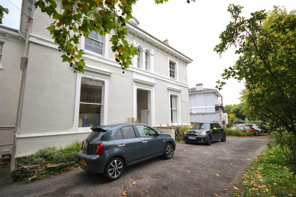 2 Bedrooms Flat for sale in St Georges Road, Town Centre, Cheltenham, GL50