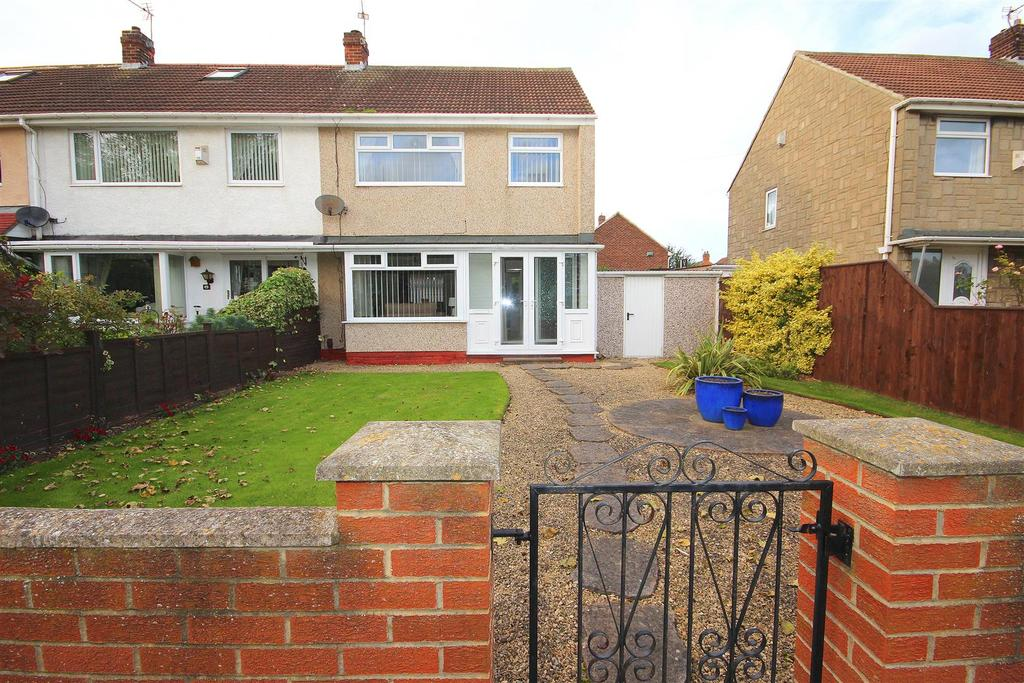 3 Bedrooms End Of Terrace House for sale in Farndale Road, Seaton Carew, Hartlepool