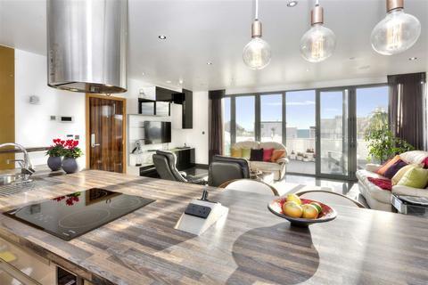 3 bedroom flat to rent - Ocean Heights, Brighton, East Sussex