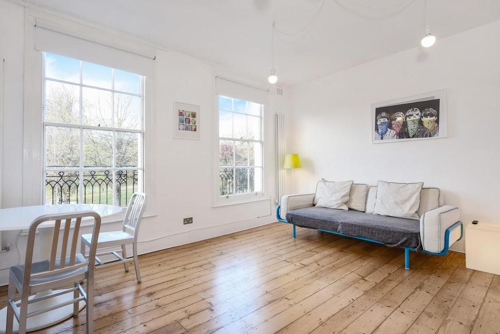 1 Bedroom Flat for sale in Barnsbury Road, Islington