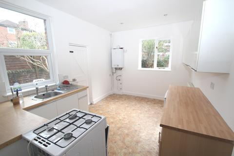 3 bedroom end of terrace house to rent - Castle Close, Southsea, Portsmouth PO5