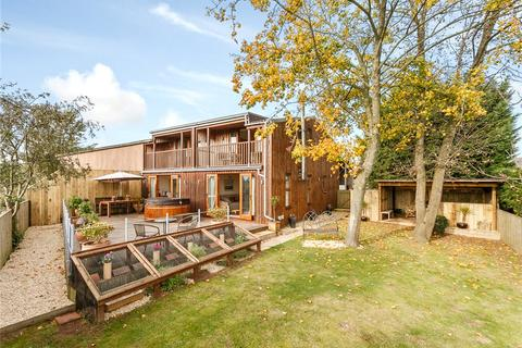 3 bedroom property for sale - Haw Cross Lane, Redmarley, Gloucestershire, GL19