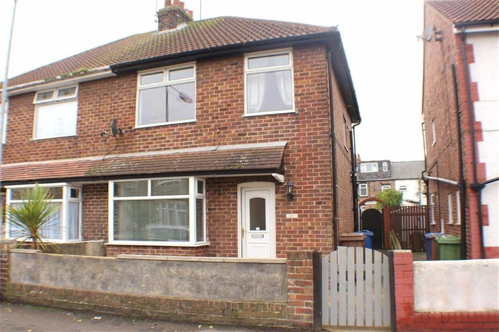 3 Bedrooms Semi Detached House for sale in Hermitage Road, Bridlington, East Yorkshire
