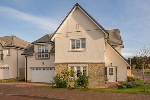 5 bedroom detached house for sale - 32 Moffat Place, North Berwick