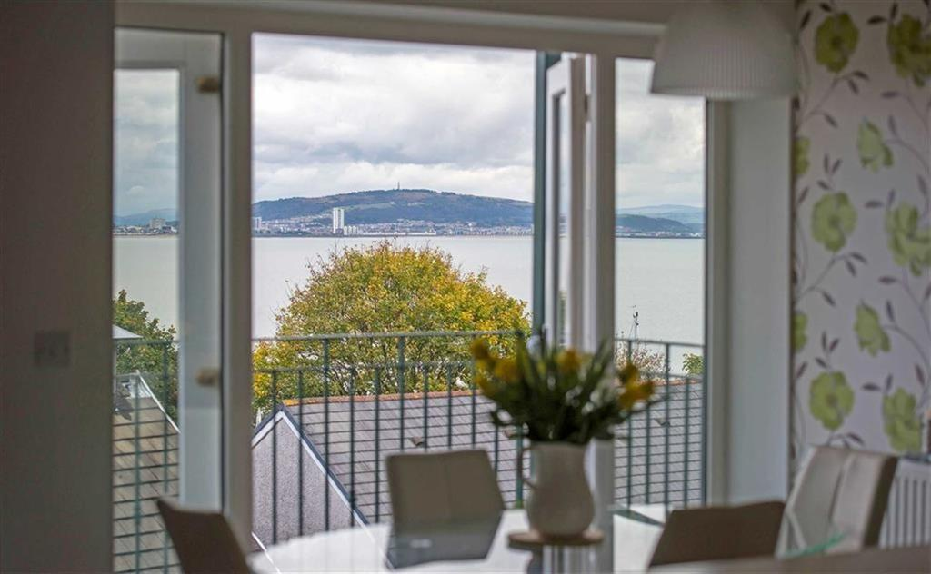 4 Bedrooms Town House for sale in Mumbles Road, Mumbles, Swansea