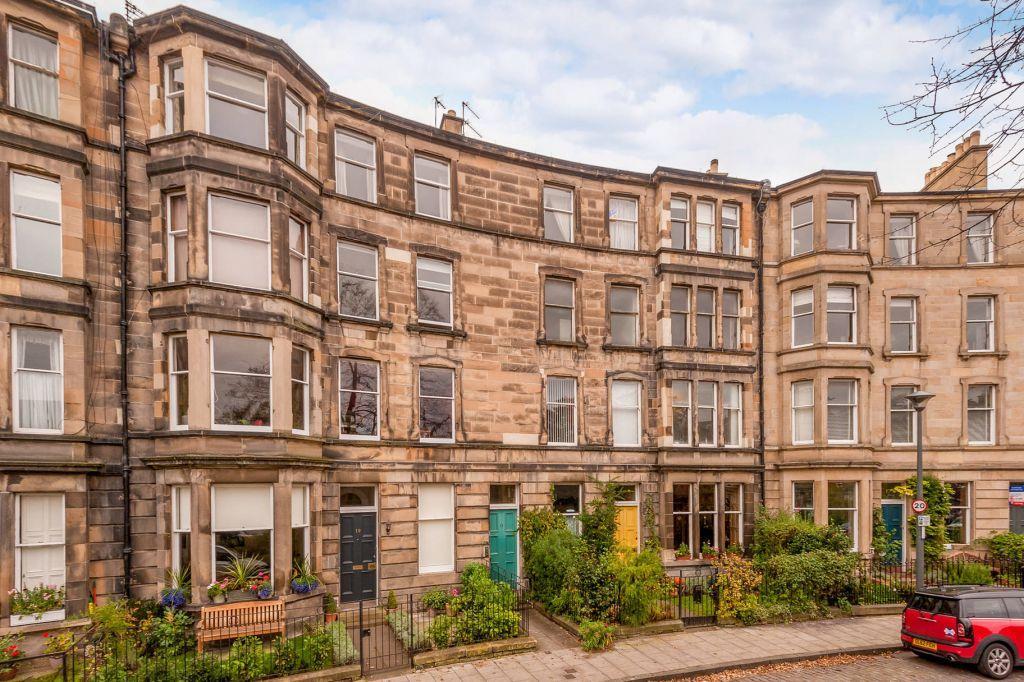 3 Bedrooms Flat for sale in 11 (2F1) Eyre Crescent, Edinburgh, EH3 5ET