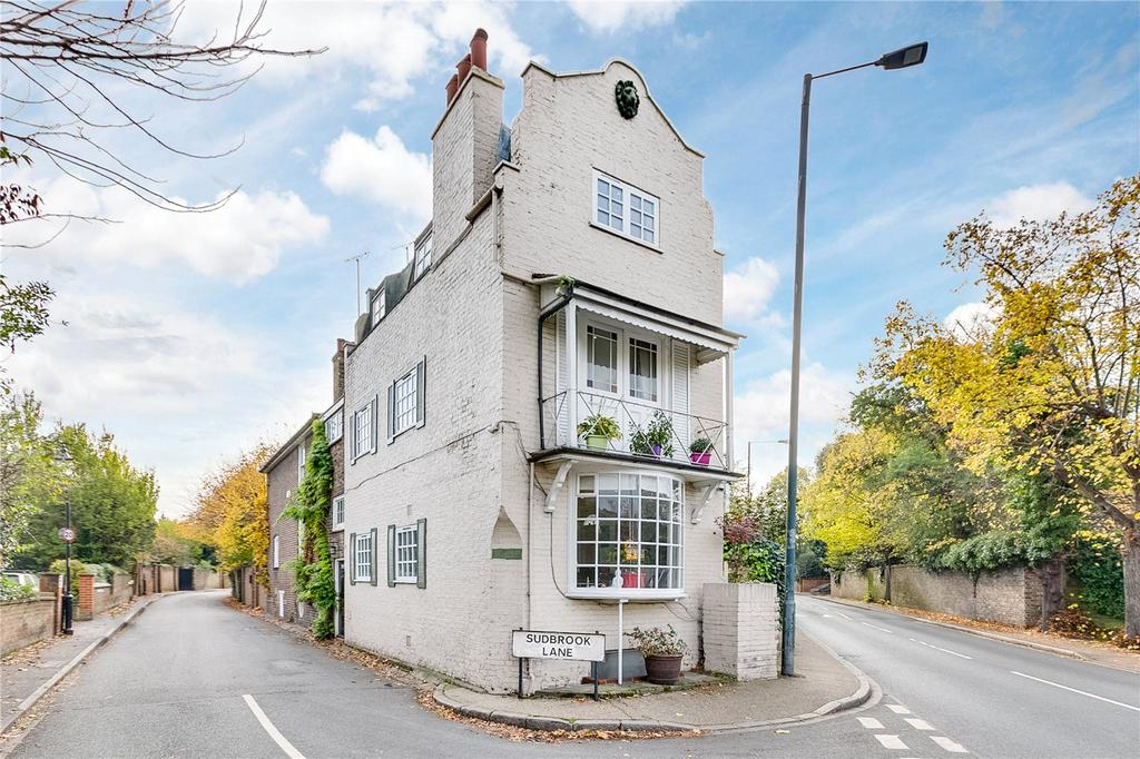 4 Bedrooms End Of Terrace House for sale in Petersham Road, Richmond, Surrey