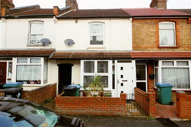 2 Bedrooms Terraced House for sale in Brighton Road North Watford Watford WD24