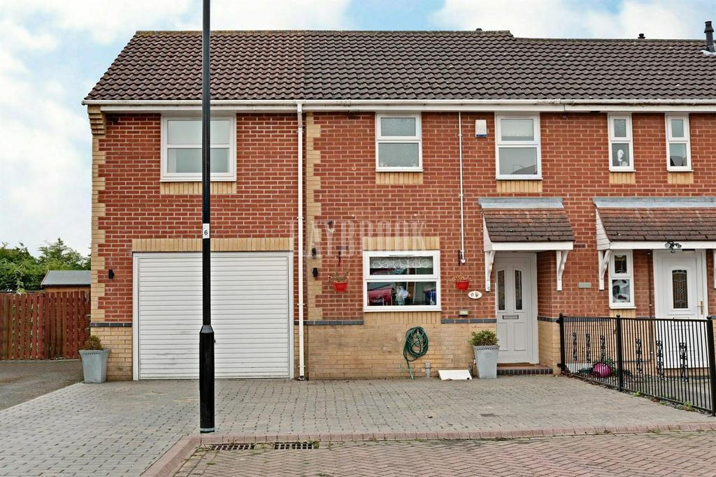 4 Bedrooms End Of Terrace House for sale in Gartrice Gardens, Halfway