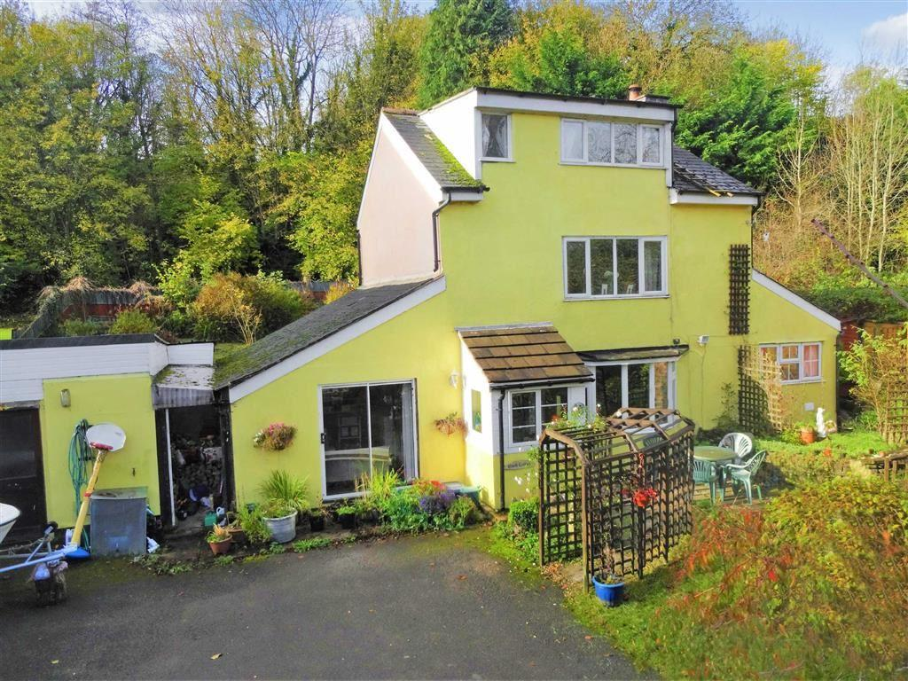 3 Bedrooms Cottage House for sale in Brook Cottage, Mochdre Lane, Mochdre Lane, Newtown, Powys, SY16