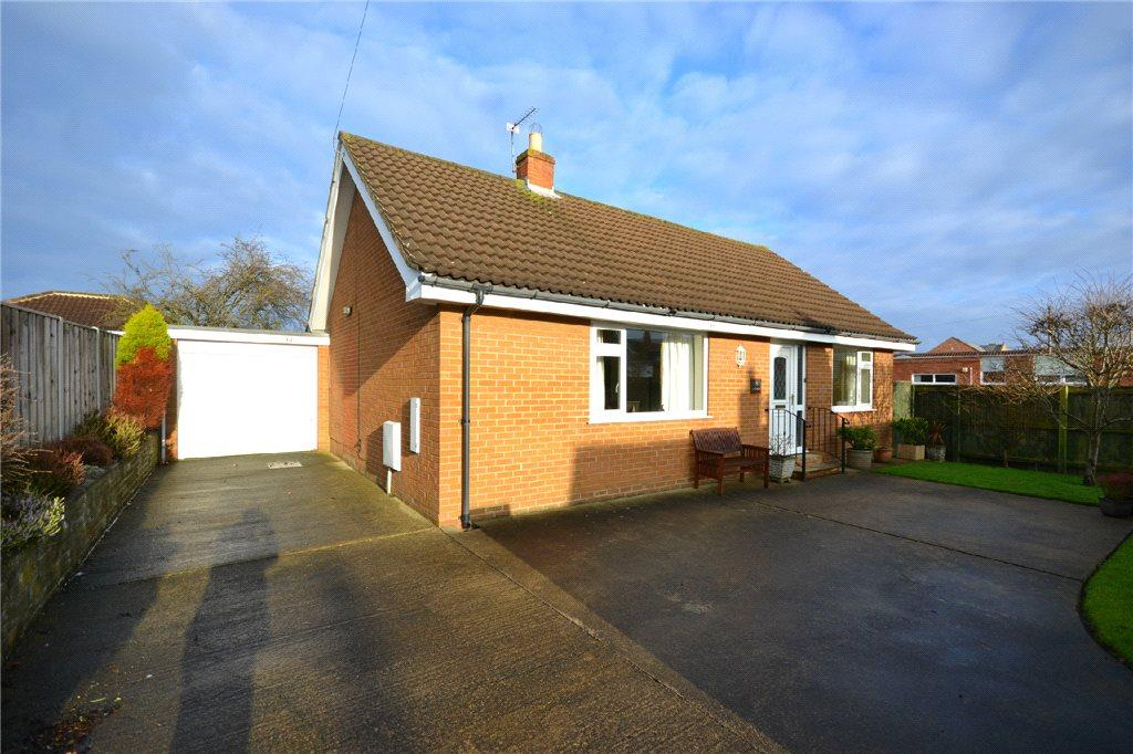 2 Bedrooms Detached Bungalow for sale in North Road, Stokesley, North Yorkshire