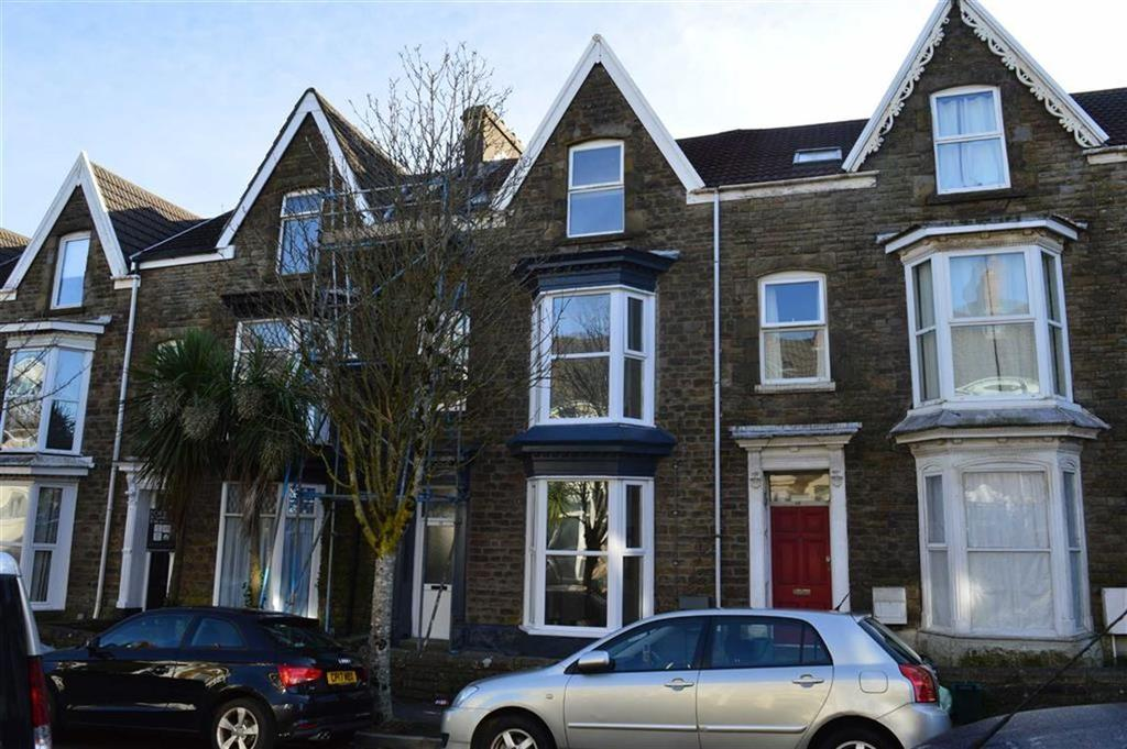 6 Bedrooms Terraced House for sale in St Albans Road, Swansea, SA2