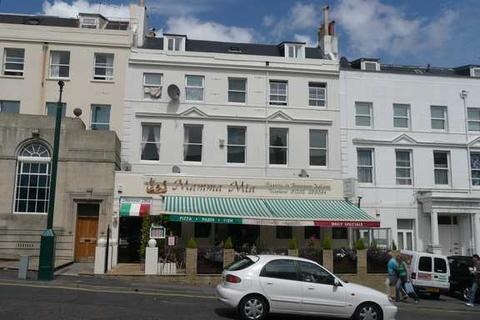 2 bedroom apartment to rent - Upper Norwich Road, Bournemouth