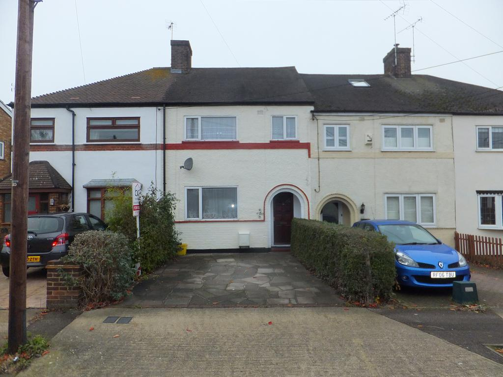 3 Bedrooms Terraced House for sale in Kennington Avenue, Benfleet SS7