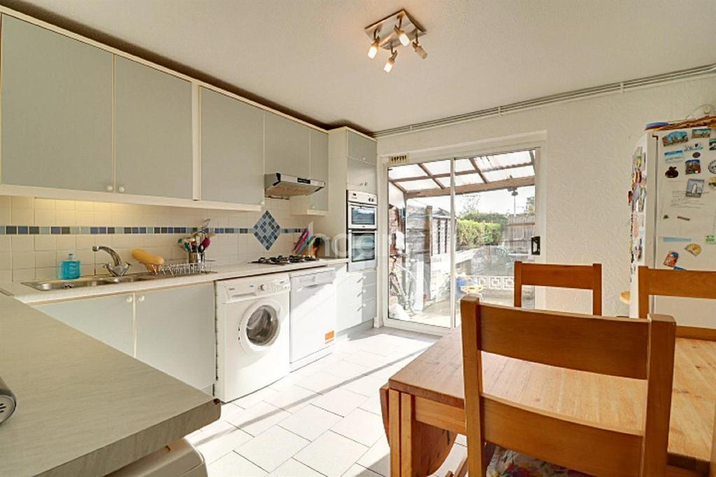 3 Bedrooms Terraced House for sale in North Road, Wimbledon, SW19