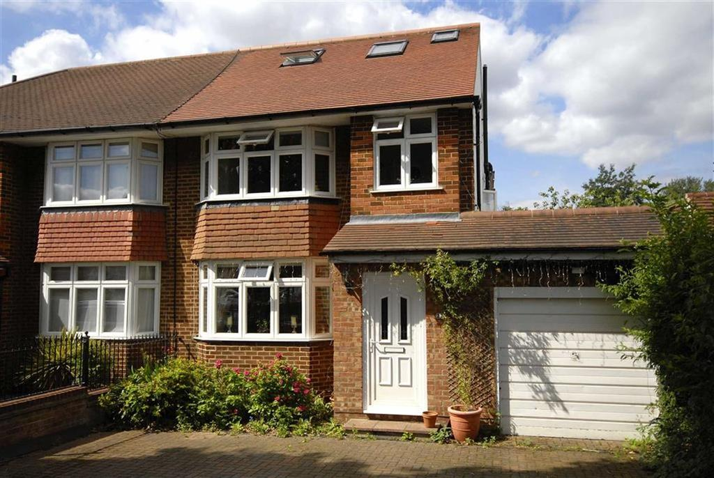 4 Bedrooms Semi Detached House for sale in Mead Way, Hayes, Kent