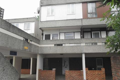 3 bedroom semi-detached house to rent - Mangold Way, Erith, Kent