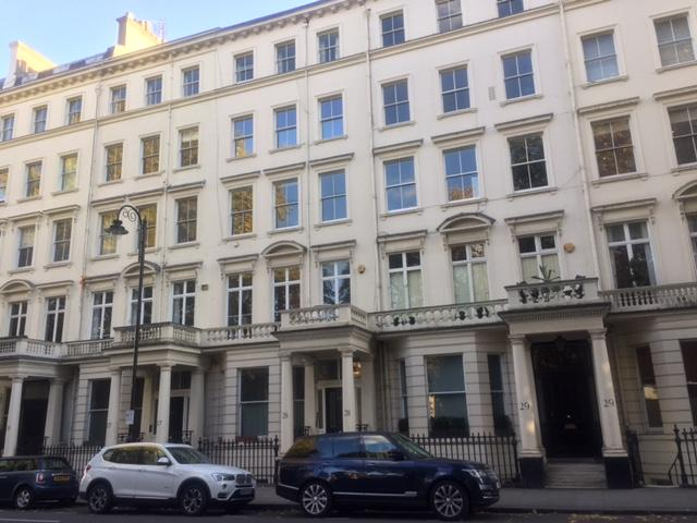 2 Bedrooms Flat for sale in Stanhope Gardens, South Kensington, London SW7