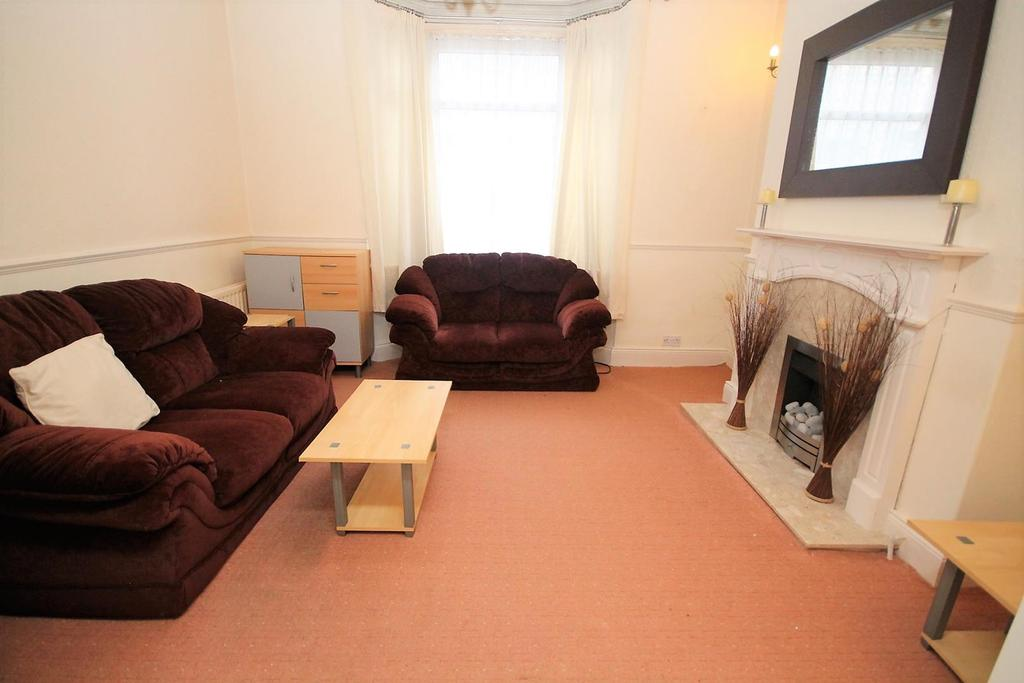 2 Bedrooms Terraced House for sale in Craggs Street, Stockton-On-Tees