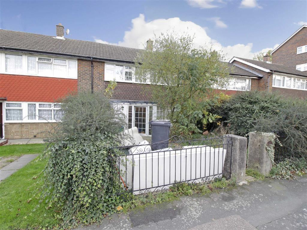 3 Bedrooms Terraced House for sale in Erica Gardens, Croydon, Surrey