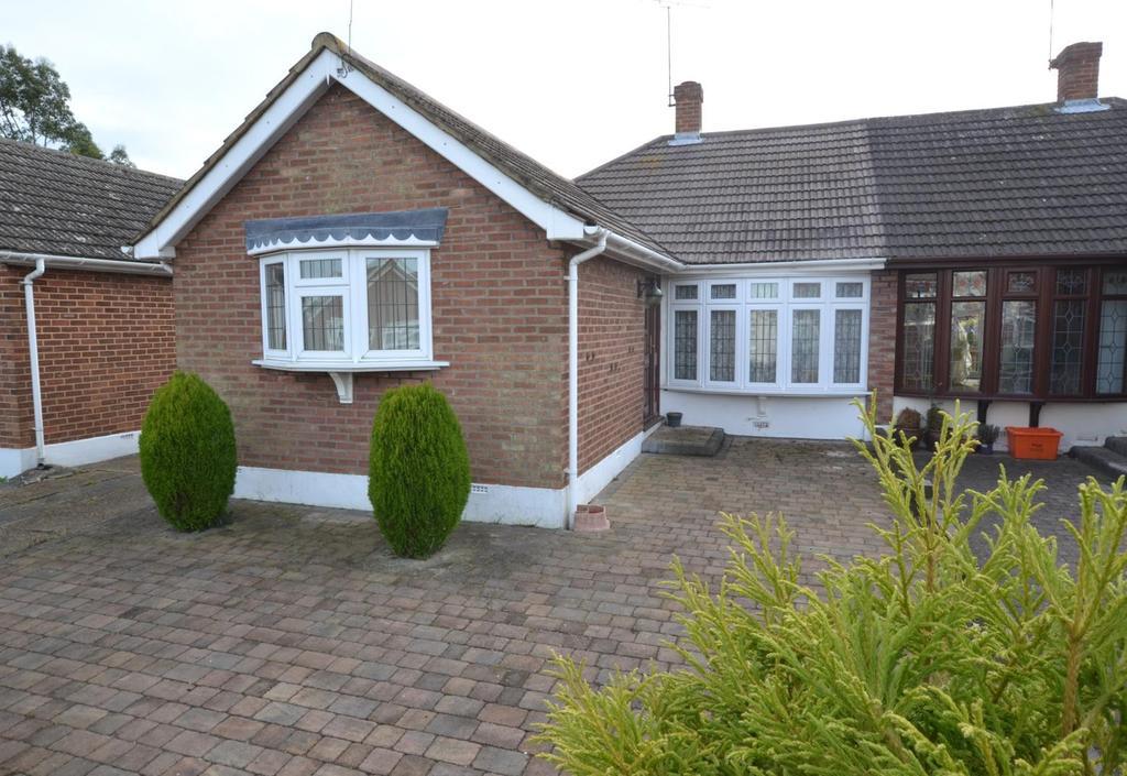 2 Bedrooms Semi Detached Bungalow for sale in Newlands Road, Billericay, Essex, CM12