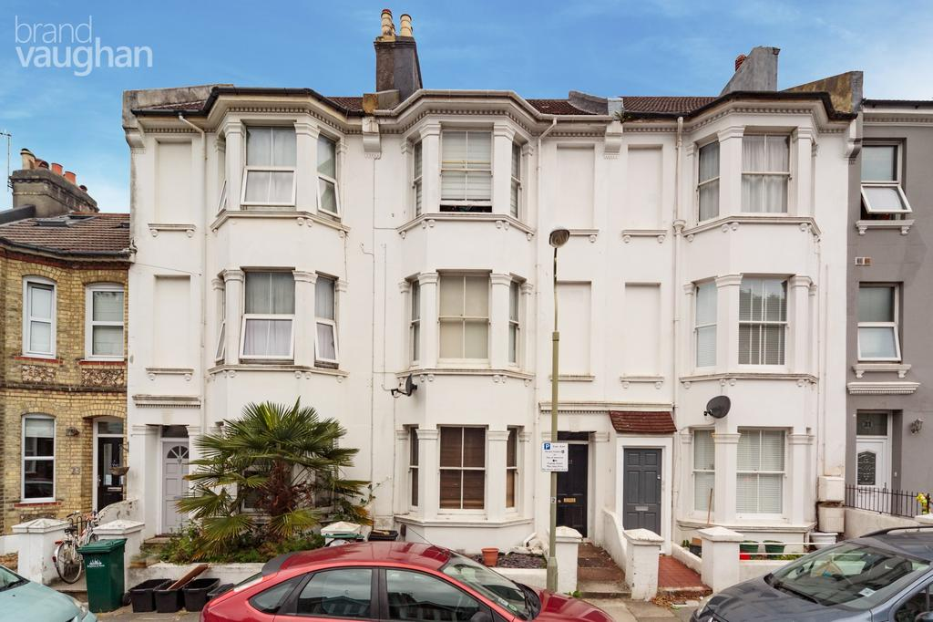 4 Bedrooms Terraced House for rent in Robertson Road, Brighton, BN1