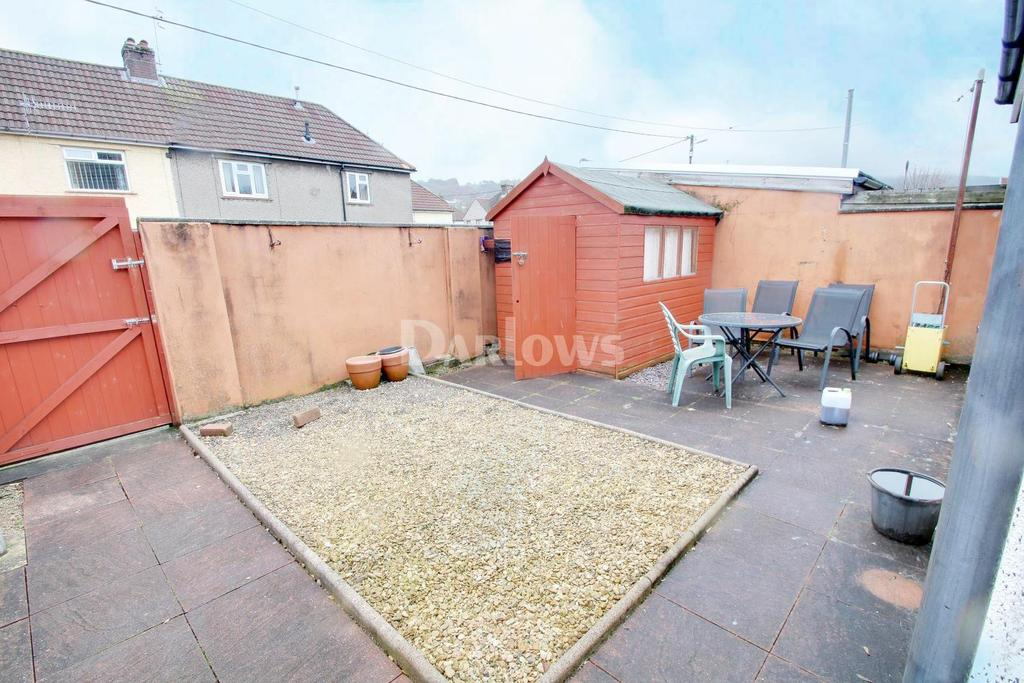 3 Bedrooms End Of Terrace House for sale in Poplar Road, Rhydyfelin