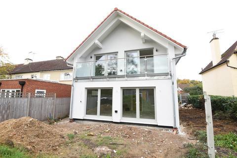 3 bedroom detached house for sale - Oxshott