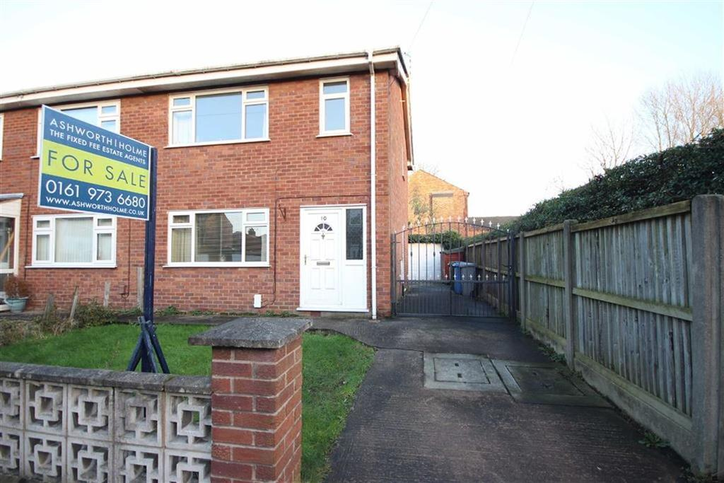 2 Bedrooms Semi Detached House for sale in Lawson Grove, Sale