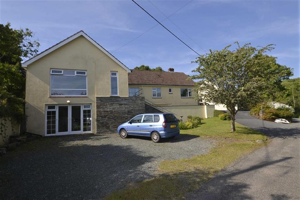 5 Bedrooms Bungalow for sale in Kingsfield, Trefloyne Lane, Tenby, Pembrokeshire, SA70