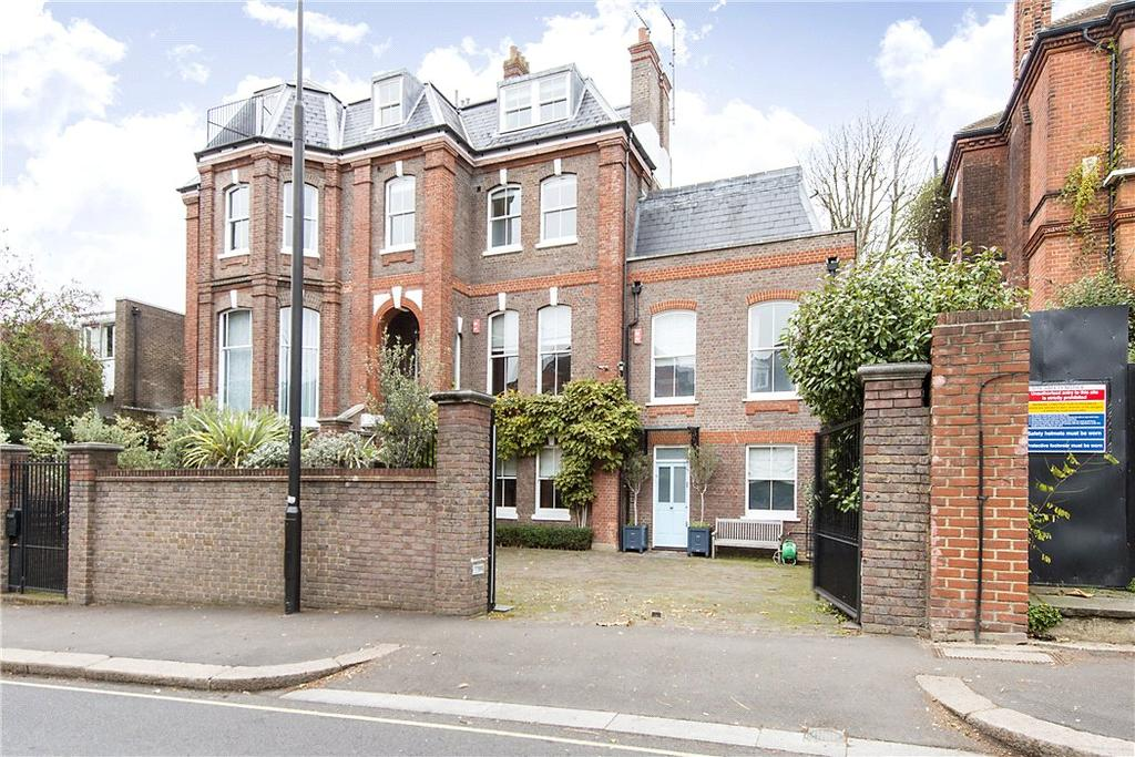 5 Bedrooms Semi Detached House for sale in Arkwright Road, London, NW3