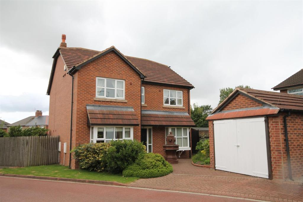 4 Bedrooms Detached House for sale in Oak Grove, Darlington