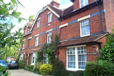 3 bedroom terraced house to rent - Henley-on-Thames