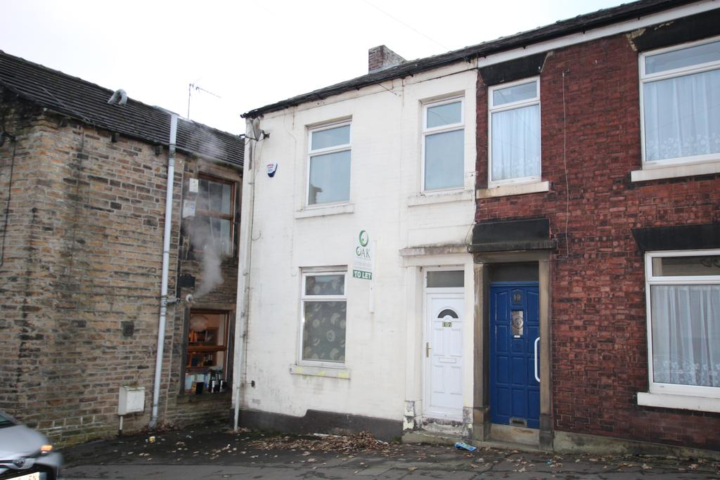 3 Bedrooms Terraced House for rent in Rooley Moor Road, Rochdale OL12