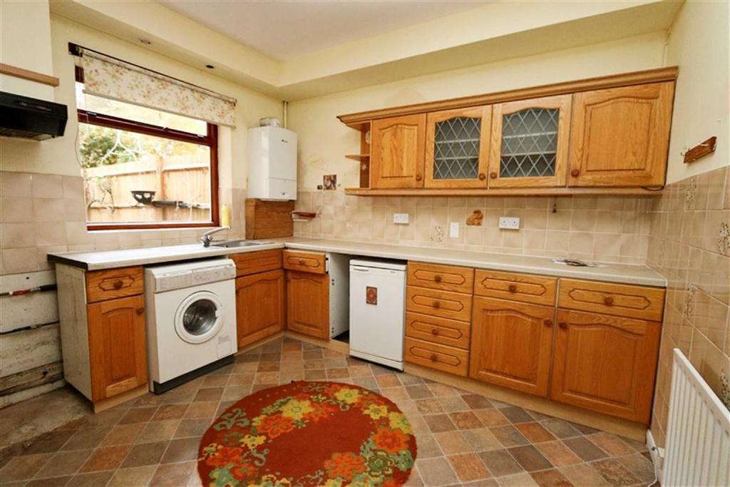 3 Bedrooms Terraced House for sale in Burnt Ash Hill, Lee, London, SE12