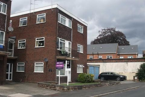 2 bedroom flat to rent - Balfour Court, Off Balfour Crescent, TETTENHALL