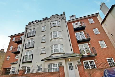 2 bedroom flat for sale - Regents Court, Alexandra Road