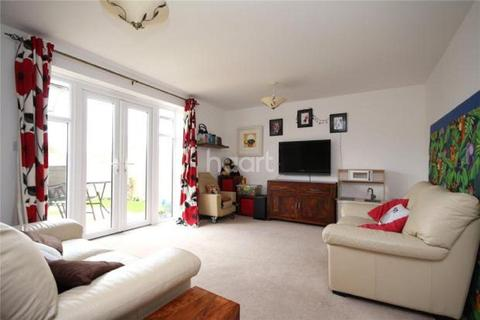 3 bedroom semi-detached house for sale - Lyde Green
