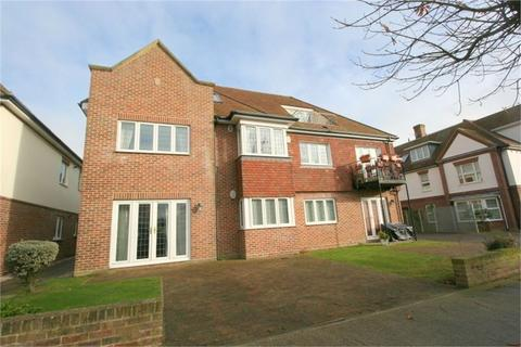 2 bedroom flat for sale - Lancaster Court, Winchester Road, FRINTON-ON-SEA, Essex