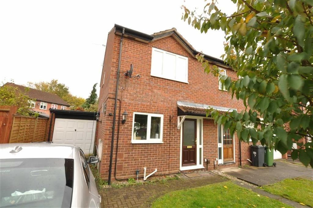 3 Bedrooms Semi Detached House for sale in Marlborough Drive, Leamington Spa
