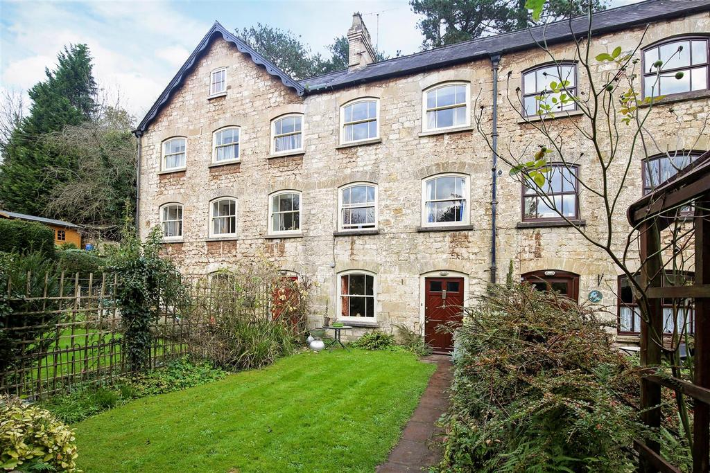 3 Bedrooms Terraced House for sale in Giddynap Lane, Inchbrook, Stroud