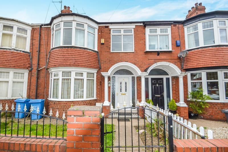 3 Bedrooms Terraced House for rent in 9 Wensley Avenue, Hull, HU6 8QY